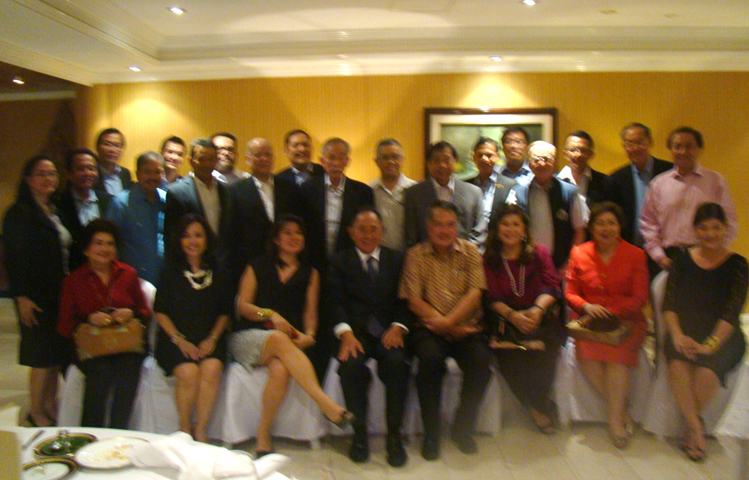 Ambassador hosted dinner in honour of Hon. Jose de Venecia, Jr. and family